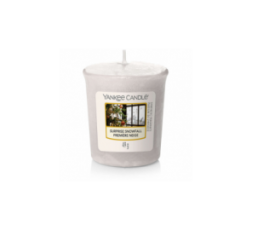 YANKEE CANDLE CLASSIC VOTIVE SURPRISE SNOWFALL